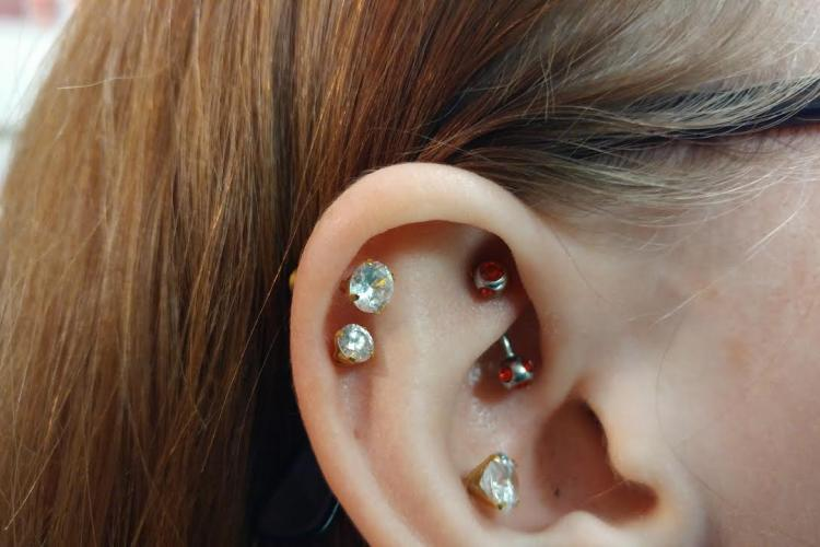 Rook Piercing by DaVo